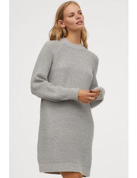 Kleid Aus Schwerstrick by H&M