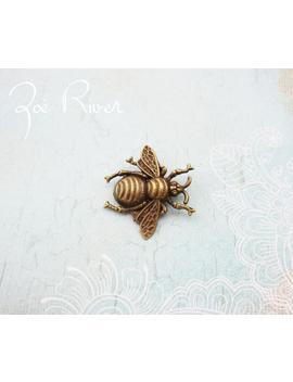 Dark Gold Bronze Bee Brooch. Bee Jewelry. Bee Pin. Bee Broach. Antiqued Bronze Bee Brooch. Dainty Bee Brooch. Small Bee Brooch. by Etsy