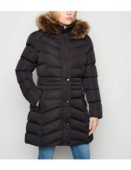 Petite Black Puffer Faux Fur Longline Coat by New Look