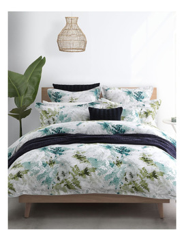 Oregon Quilt Cover Set In Pine by Private Collection
