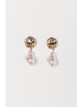Pearly Earrings by H&M