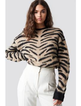 Puchaty Sweter Zebra Beżowy by Na Kd