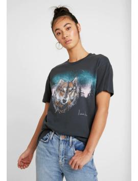 Night Wolf Tee   T Shirt Print by Topshop