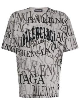 T Shirt Met All Over Logo by Balenciaga