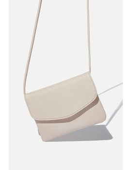 Mikaela Cross Body Bag by Cotton On