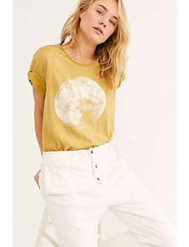 Jersey Moon Tee by Magnolia Pearl