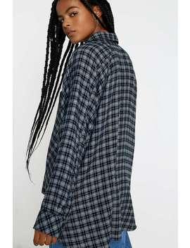 "Urban Outfitters–  Drapiertes Flanell Hemd ""Brendan\"" InMarineblauMit Knopfverschluss by Urban Outfitters Shoppen"