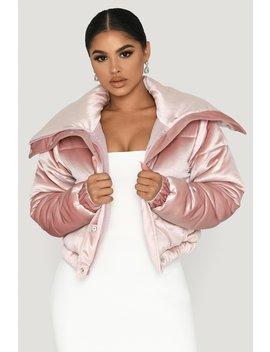 Serena Velvet Puffer Jacket   Pink by Meshki