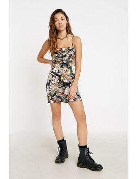 Urban Outfitters – Geblümtes Minikleid Aus Satin by Urban Outfitters Shoppen