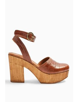 Gabby Tan Closed Leather Platform Clogs by Topshop