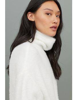 Flauschiger Rollkragenpullover by H&M