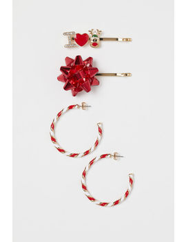 Hairpins And Earrings by H&M