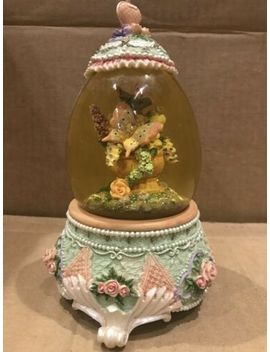 """Beautiful Dreamer"" Musical Glitter Snow Globe, Butterflies/Hearts/Roses by Ebay Seller"