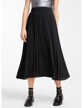 Pleated Area Skirt by Twik