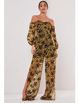 Mustard Velvet Detail Printed Cold Shoulder Jumpsuit by Missguided