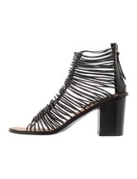 Narly Shoe   Sandals by Topshop