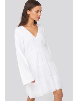 Asymmetric Frill Chiffon Dress Biały by Donnarominaxnakd