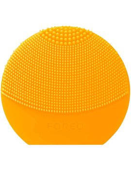 Dispozitiv De Curatare Faciala Foreo Luna Play Plus, Sunflower Yellow, 8000 Oscilatii/Minut , 1 Viteza, Baterie, Impermeabil, Galben by Foreo
