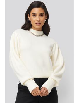 Malmö Sweater Vit by Nakdbyyou