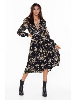 What They Don't Grow Floral Midi Dress by Nasty Gal