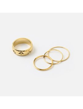 Star Engraved Ring Set by Orelia