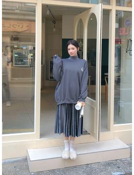 [Chuu] Feeling The World Sweatshirt by Chuu