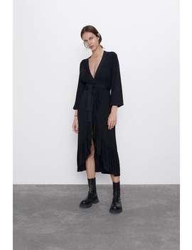 Vestito In Maglia Volant Vestiti Maglieria Donna by Zara