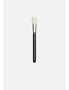 168s Large Angled Contour Brush by M·A·C