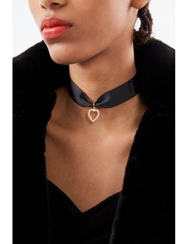 Adriana Pearl Heart Choker Necklace by Urban Outfitters