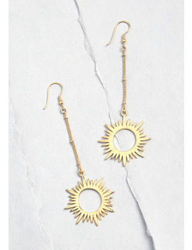 Ready To Sunburst Dangle Earrings by Mata Traders