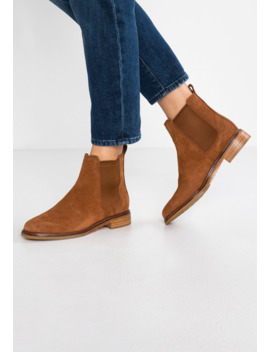 Arlo   Ankle Boot by Clarks