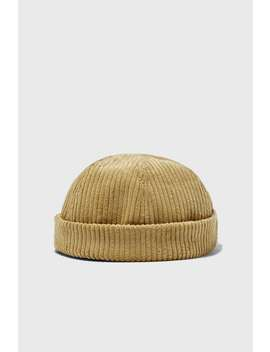 Short Corduroy Hat by Zara