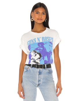 Guns N' Roses Use Your Illusion Ii Weekend Tee by Daydreamer