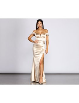 Ali Stretch Satin Sweetheart Gown by Windsor