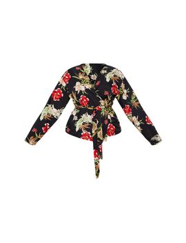 Plus Black Floral Wrap Top by Prettylittlething