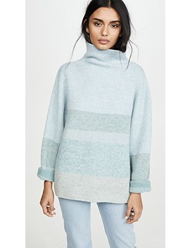 Brushed Cashmere Turtleneck by Le Kasha