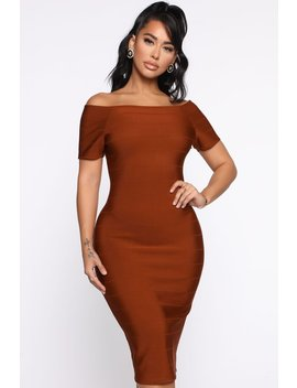 Business Handled Bandage Midi Dress   Cognac by Fashion Nova