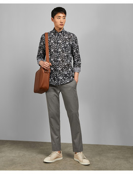 Dillan by Ted Baker