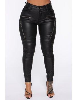 Caliente Skinny Pant   Black by Fashion Nova