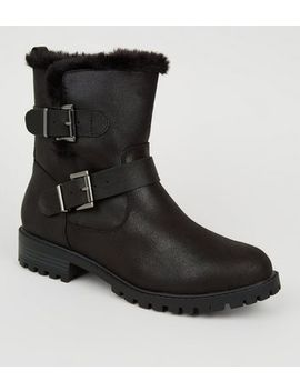Wide Fit Black Faux Fur Lined Biker Boots by New Look