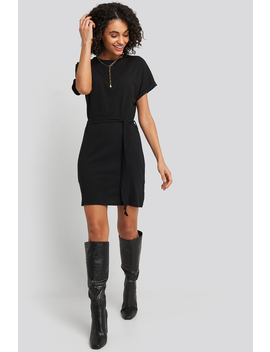 Belted T Shirt Dress Czarny by Na Kd