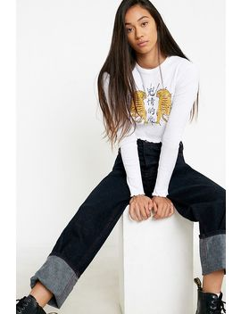 Uo Tiger Life Long Sleeve T Shirt by Urban Outfitters