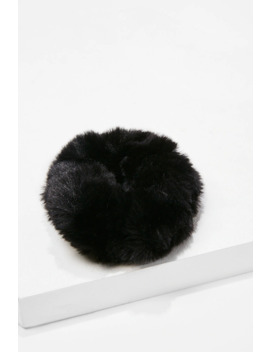 Plush Faux Fur Scrunchie by Forever 21