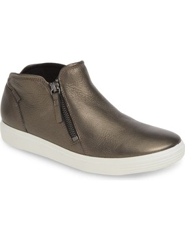 Soft 7 High Top Sneaker by Ecco
