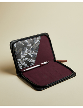 Travd by Ted Baker