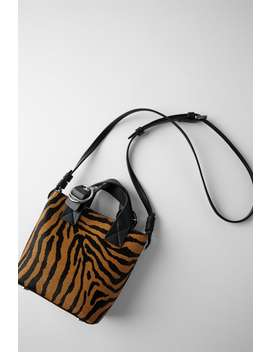 Bolso Mini Shopper Piel Estampado Animal by Zara