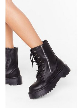 A Moment Spike This Faux Leather Boots by Nasty Gal