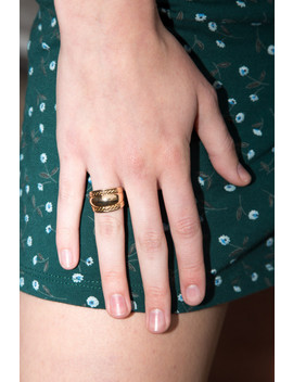 Thick Gold Ring by Brandy Melville