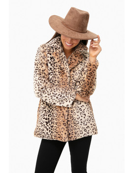 Cozy Collar Faux Fur Leopard Jacket by Pomander Place