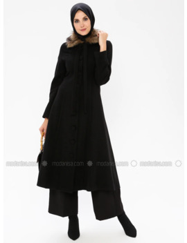 Black   Fully Lined   Point Collar   Coat by Modanisa